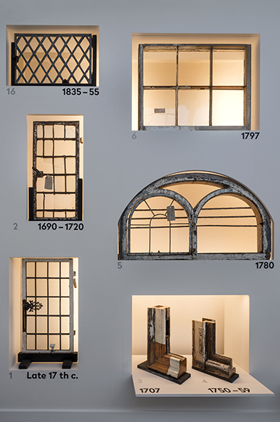 Wall-of-windows_04